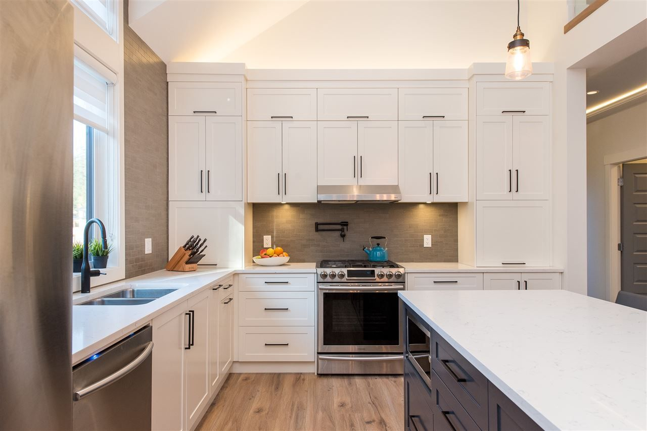 """Photo 9: Photos: 64 1885 COLUMBIA VALLEY Road in Cultus Lake: Lindell Beach House for sale in """"Aquadel Crossing"""" : MLS®# R2452495"""