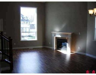 """Photo 2: 6978 179TH Street in Surrey: Cloverdale BC House for sale in """"Provinceton"""" (Cloverdale)  : MLS®# F2715292"""