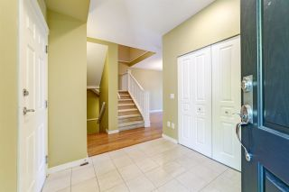 Photo 2: 51 2978 WHISPER WAY in Coquitlam: Westwood Plateau Townhouse for sale : MLS®# R2473168