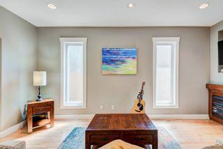 Photo 12: 935 43 Street SW in Calgary: Rosscarrock Semi Detached for sale : MLS®# A1144166