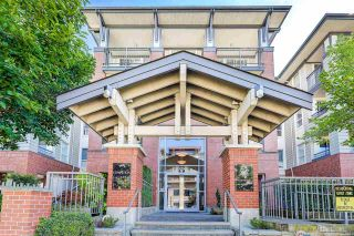 """Photo 1: 216 9200 FERNDALE Road in Richmond: McLennan North Condo for sale in """"KENSINGTON COURT"""" : MLS®# R2302960"""
