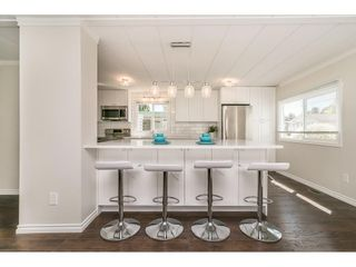 """Photo 8: 251 1840 160 Street in Surrey: King George Corridor Manufactured Home for sale in """"BREAKAWAY BAYS"""" (South Surrey White Rock)  : MLS®# R2574472"""