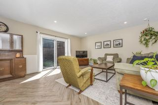 Photo 3: 3 2871 Peatt Rd in Langford: La Langford Proper Row/Townhouse for sale : MLS®# 886109