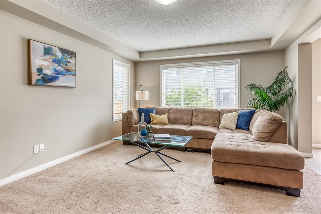 Photo 4: Photos: 154 Windridge Road SW: Airdrie Detached for sale : MLS®# A1127540