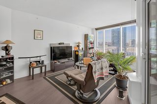 """Photo 2: 1210 68 SMITHE Street in Vancouver: Downtown VW Condo for sale in """"ONE Pacific"""" (Vancouver West)  : MLS®# R2405438"""