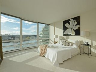 Photo 10: 702 1501 HOWE STREET in Vancouver: Yaletown Condo for sale (Vancouver West)  : MLS®# R2325497