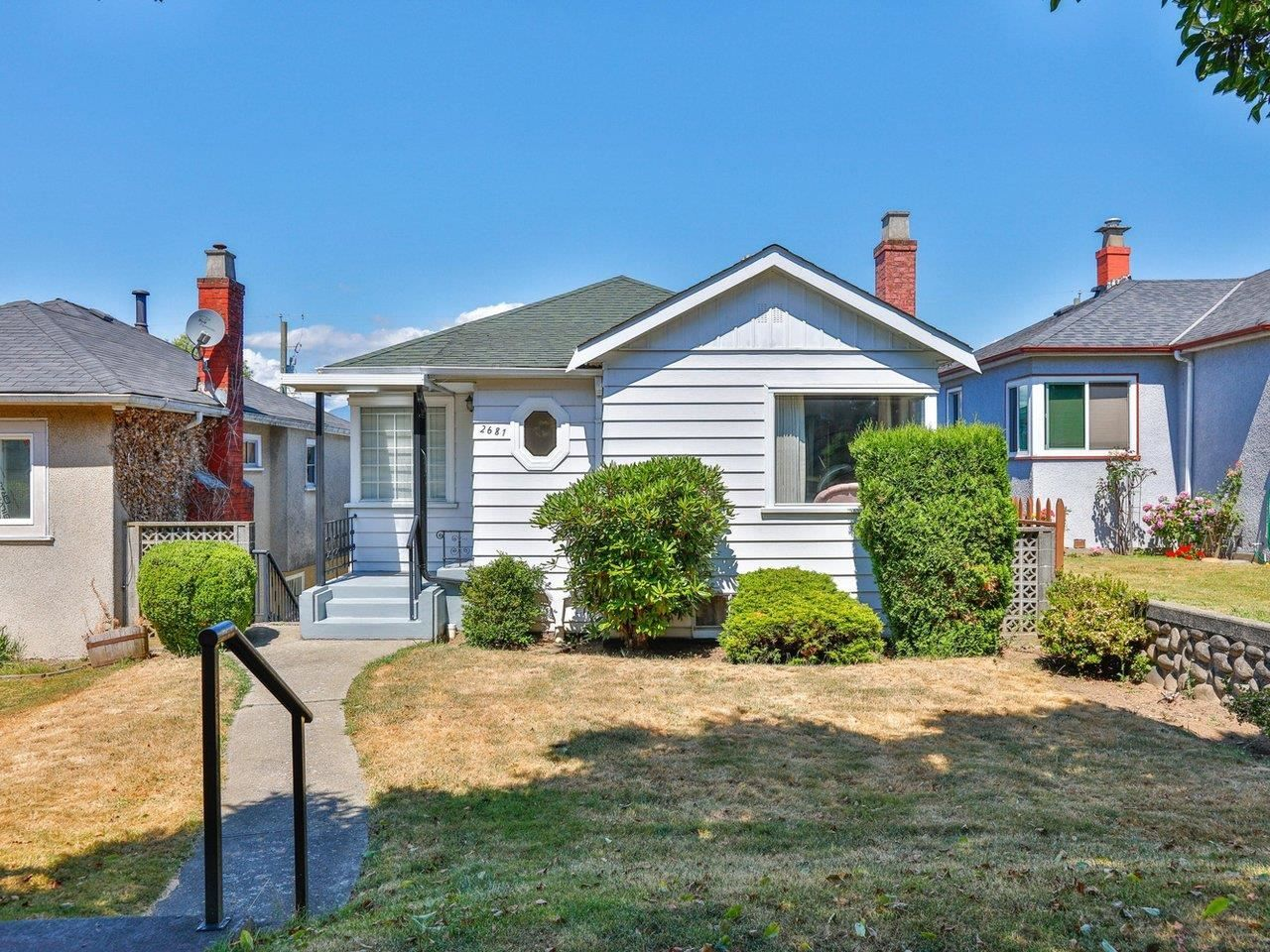 Main Photo: 2681 E 4TH Avenue in Vancouver: Renfrew VE House for sale (Vancouver East)  : MLS®# R2605962