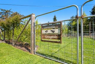 Photo 5: 1220 Foden Rd in : CV Comox Peninsula House for sale (Comox Valley)  : MLS®# 874725