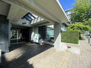"""Photo 5: 431 9009 CORNERSTONE Mews in Burnaby: Simon Fraser Univer. Condo for sale in """"THE HUB"""" (Burnaby North)  : MLS®# R2562910"""