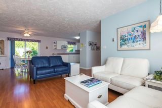 Photo 3: 711 Moralee Dr in : CV Comox (Town of) House for sale (Comox Valley)  : MLS®# 854493