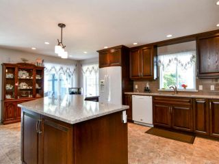 Photo 10: 1914 Fairway Dr in CAMPBELL RIVER: CR Campbell River West House for sale (Campbell River)  : MLS®# 823025
