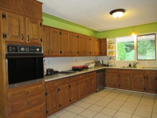 Photo 7: 2403 CAUGHLIN ROAD in Fruitvale: House for sale : MLS®# 2460957