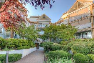 Photo 2: 309 490 Marsett Pl in VICTORIA: SW Royal Oak Condo for sale (Saanich West)  : MLS®# 822080