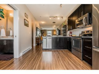 """Photo 9: 40 4967 220 Street in Langley: Murrayville Townhouse for sale in """"Winchester"""" : MLS®# R2393390"""