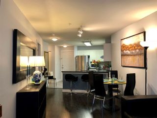 Photo 6: 340 5880 DOVER CRESCENT in Richmond: Riverdale RI Condo for sale : MLS®# R2341180