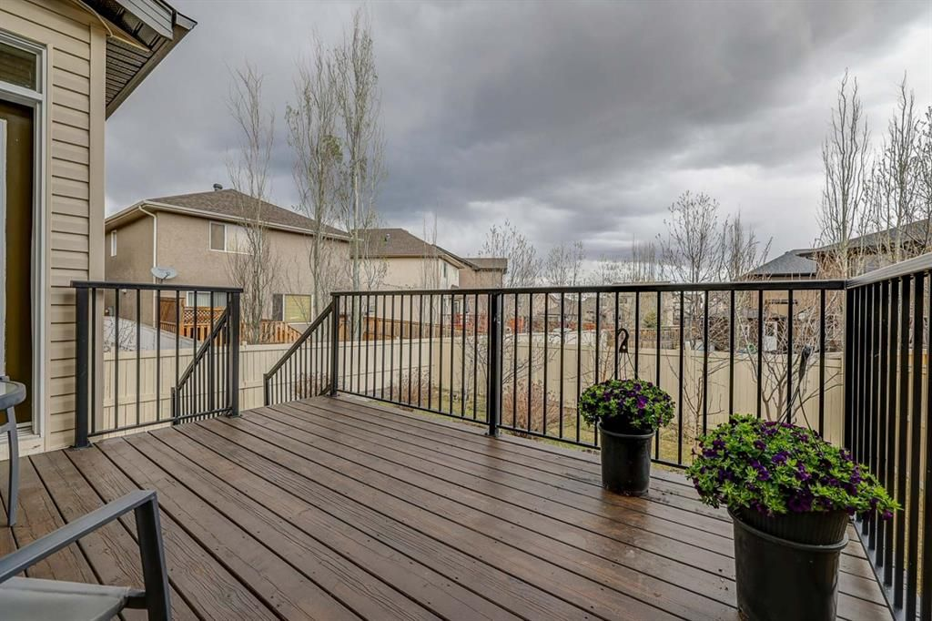 Photo 35: Photos: 200 EVERBROOK Drive SW in Calgary: Evergreen Detached for sale : MLS®# A1102109