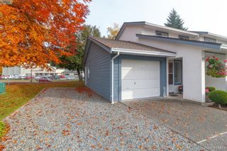 Photo 3: 40 2147 Sooke Rd in VICTORIA: Co Wishart North Row/Townhouse for sale (Colwood)  : MLS®# 827827