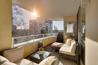 "Photo 19: 402 1406 HARWOOD Street in Vancouver: West End VW Condo for sale in ""JULIA COURT"" (Vancouver West)  : MLS®# R2527458"