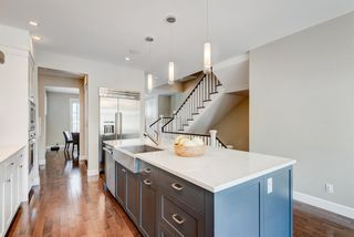 Photo 10: 507 28 Avenue NW in Calgary: Mount Pleasant Semi Detached for sale : MLS®# A1097016