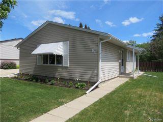 Photo 1: 95 Lismer Crescent in WINNIPEG: Charleswood Residential for sale (South Winnipeg)  : MLS®# 1414652