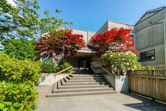 Main Photo: 216 5224 204 Street in LANGLEY: Langley City Condo for sale (Langley)  : MLS®# R2229303