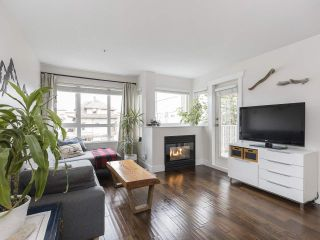 """Main Photo: 302 1623 E 2ND Avenue in Vancouver: Grandview Woodland Condo for sale in """"Grandview Manor"""" (Vancouver East)  : MLS®# R2537426"""