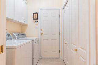 Photo 15: 566 Juniper Dr in : PQ Qualicum Beach House for sale (Parksville/Qualicum)  : MLS®# 881699