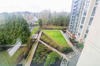 """Photo 10: 704 10777 UNIVERSITY Drive in Surrey: Whalley Condo for sale in """"CITY POINT TOWER 1"""" (North Surrey)  : MLS®# R2237495"""