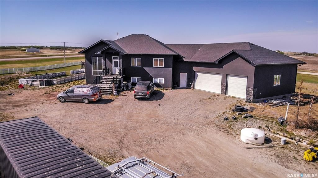 Main Photo: 101 Meadowbrook Lane in Aberdeen: Residential for sale (Aberdeen Rm No. 373)  : MLS®# SK855654