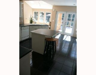 Photo 3: 9937 WESCAN Road in Halfmoon_Bay: Halfmn Bay Secret Cv Redroofs House for sale (Sunshine Coast)  : MLS®# V665040