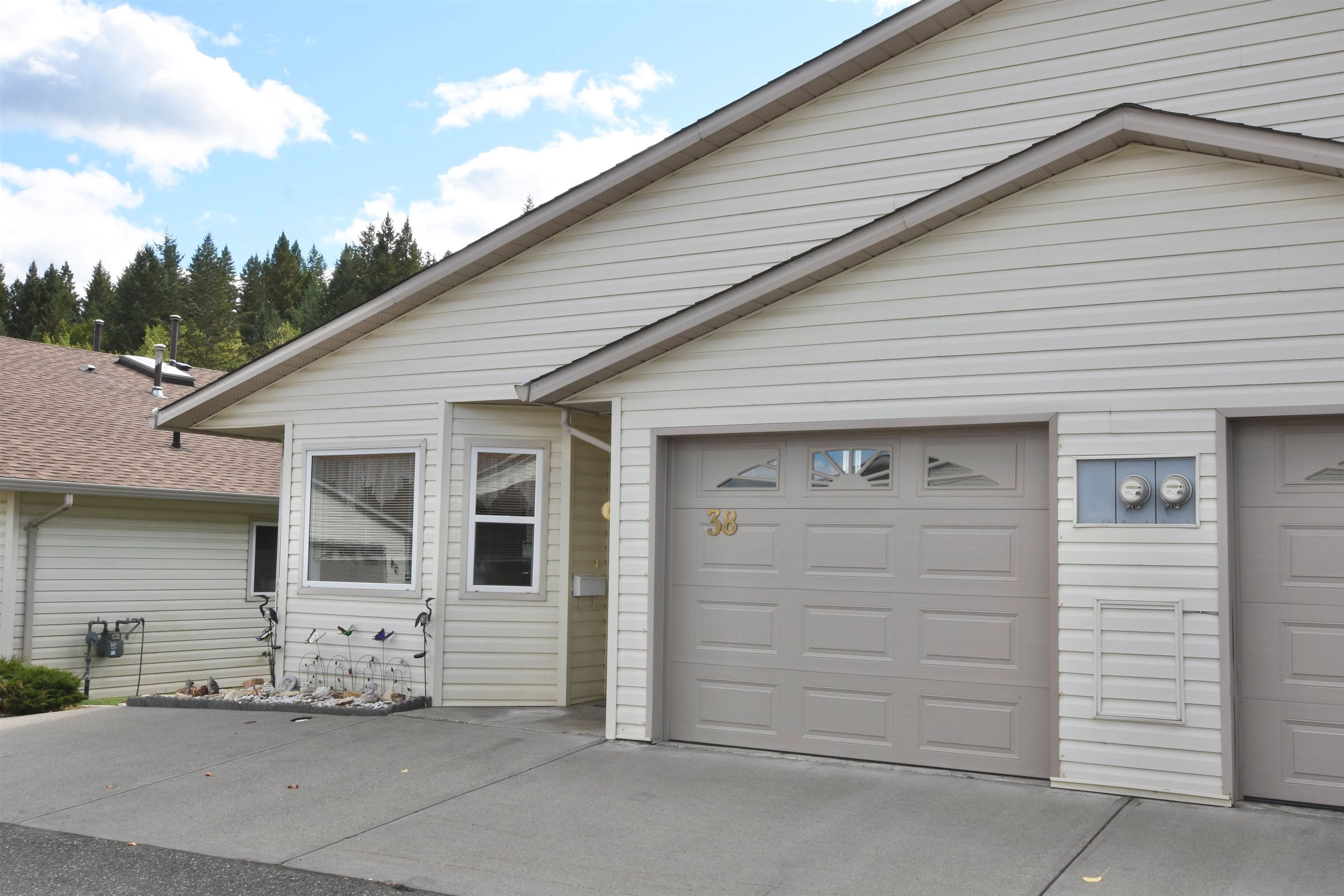 Main Photo: 38 500 WOTZKE Drive in Williams Lake: Williams Lake - City Townhouse for sale (Williams Lake (Zone 27))  : MLS®# R2618270