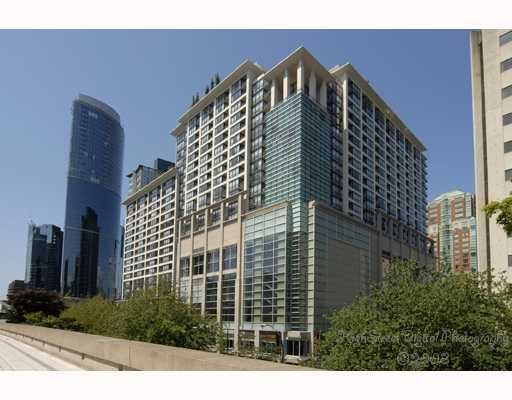 """Main Photo: 1105 933 HORNBY Street in Vancouver: Downtown VW Condo for sale in """"ELECTRIC AVENUE"""" (Vancouver West)  : MLS®# V782964"""