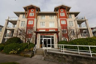 Photo 1: 413 4211 BAYVIEW STREET: Steveston South Home for sale ()  : MLS®# R2230647