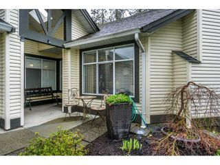 """Photo 3: 24 19649 53 Avenue in Langley: Langley City Townhouse for sale in """"Huntsfield Green"""" : MLS®# R2155558"""