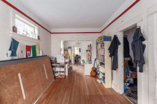 Photo 3: 1979 CHARLES STREET in Vancouver: Grandview VE House for sale (Vancouver East)  : MLS®# R2037335