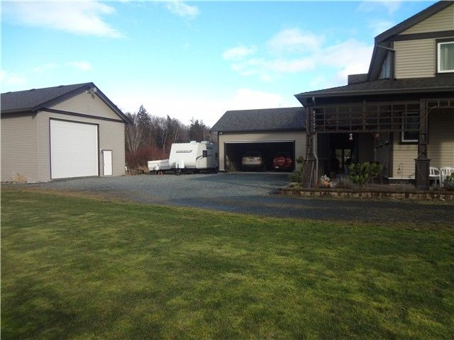 Photo 3: Photos: 43807 KEITH WILSON Road in Sardis: Sardis West Vedder Rd House for sale : MLS®# H1400617