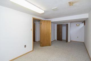 Photo 15: 110 Syracuse Crescent in Winnipeg: Waverley Heights Residential for sale (1L)  : MLS®# 202124302