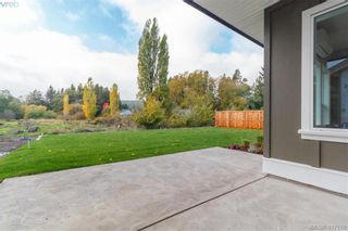 Photo 36: 1037 Sandalwood Crt in VICTORIA: La Luxton House for sale (Langford)  : MLS®# 827604