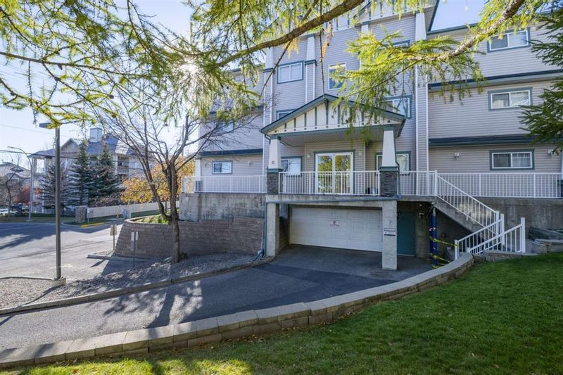 FEATURED LISTING: 210 - 11 Somervale View Southwest Calgary