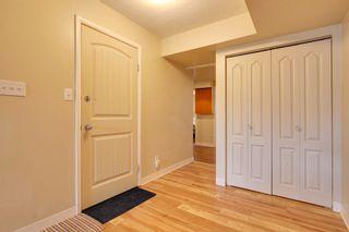 Photo 3: 1714 48 St SE in Calgary: Duplex for sale : MLS®# C3604164