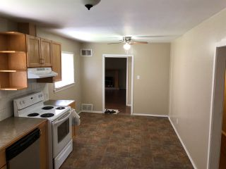Photo 2: 685 6TH Avenue in Hope: Hope Center House for sale : MLS®# R2431032
