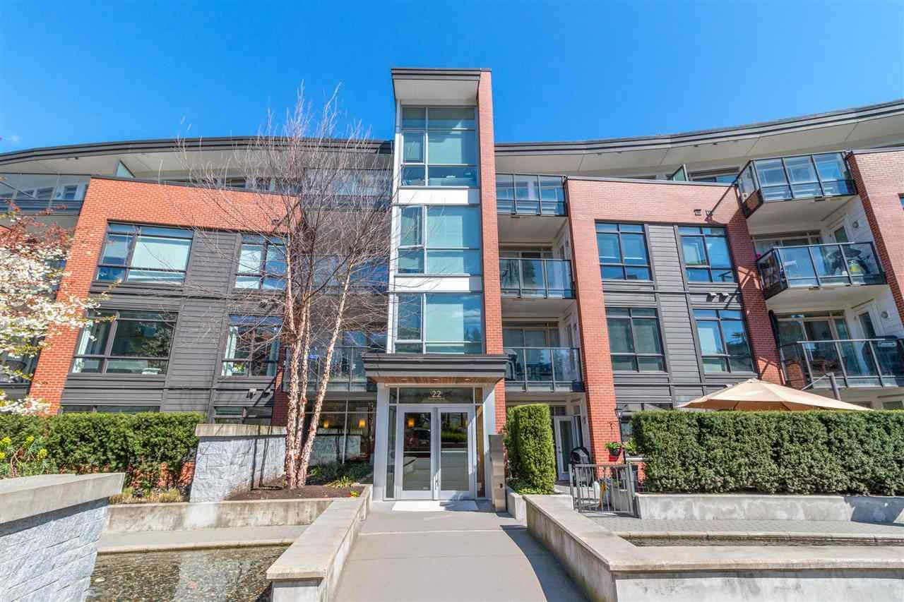 "Main Photo: 216 22 E ROYAL Avenue in New Westminster: Fraserview NW Condo for sale in ""The Lookout"" : MLS®# R2565036"