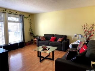 Photo 5: 239 Kenosee Crescent in Saskatoon: Lakeview SA Residential for sale : MLS®# SK850644