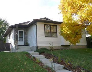 Photo 1: 67 WOODBROOK Way SW in CALGARY: Woodbine Residential Detached Single Family for sale (Calgary)  : MLS®# C3305711