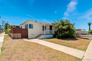 Photo 1: OCEAN BEACH House for sale : 2 bedrooms : 4707 Newport Ave in San Diego