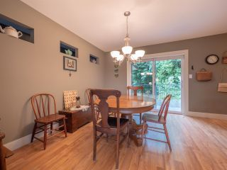 "Photo 4: 4995 BAY Road in Sechelt: Sechelt District House for sale in ""Davis Bay"" (Sunshine Coast)  : MLS®# R2304196"