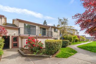 """Photo 1: 2 7569 HUMPHRIES Court in Burnaby: Edmonds BE Townhouse for sale in """"Southwood Estates"""" (Burnaby East)  : MLS®# R2579603"""
