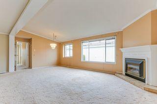 "Photo 3: 5335 REGATTA Way in Delta: Neilsen Grove House for sale in ""SOUTHPOINTE"" (Ladner)  : MLS®# R2452005"