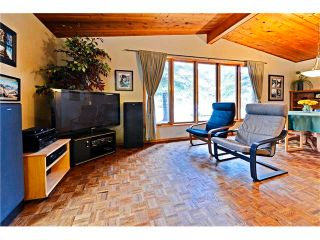 Photo 3: 3527 LAKESIDE Crescent SW in Calgary: Lakeview House for sale : MLS®# C4035307