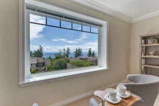 Photo 27: 13518 MARINE Drive in Surrey: Crescent Bch Ocean Pk. House for sale (South Surrey White Rock)  : MLS®# R2597553